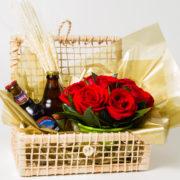 cesta de rosas e cerveja 1