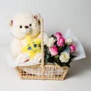 cesta maternidade ursinho e rosas 1