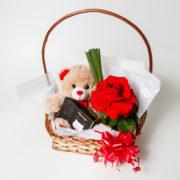 cesta rosa colombiana ursinho e chocolate 3