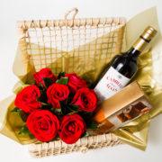 cesta rosa vinho e chocolate 6
